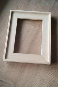 Petit cadre (environ 25 cms) en obèche (ayous)