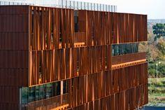 Estructura de acero como filtro - Noticias de Arquitectura - Buscador de Arquitectura