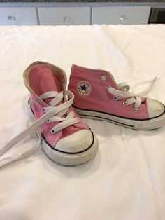 db9c2f34750499 Converse All Star Pink High Top Girls Size 7