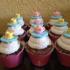 Cupcakes chá de boneca/ Cupcakes chá de panela