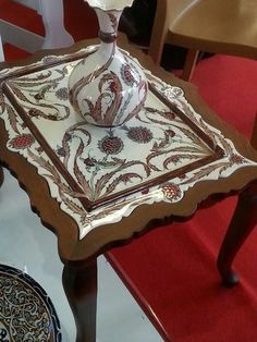 Turkish Tiles, Turkish Art, Turkish Design, Ottoman Design, Knitting For Kids, Tile Art, Islamic Art, Traditional Art, Painting On Wood