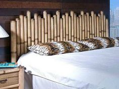 respaldar de cama hecho de bambu