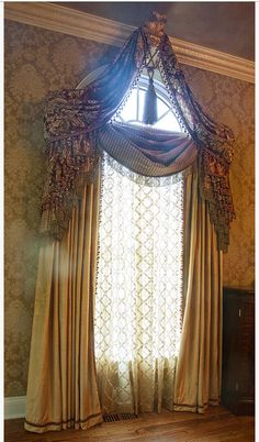 Palladian Window Treatment