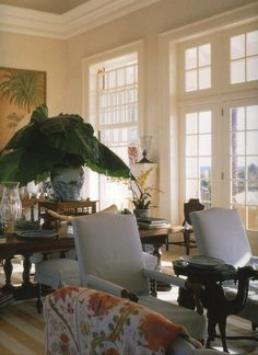 MY FAVORITE ROOM- HERE'S WHY! | Mark D. Sikes: Chic People, Glamorous Places, Stylish Things