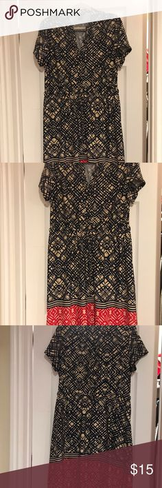 Navy Blue Dress with Red Border Short sleeve navy blue dress with red border Robert Louis Dresses Robert Louis, Navy Blue Dresses, Short Sleeve Dresses, Sleeves, Red, Closet, Things To Sell, Style, Fashion