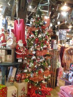Crackers barrels and trees on pinterest for Is cracker barrel open on christmas day
