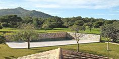http://baxson.com/index.html Country manor home near Vall D'or Golf Course Mallorca