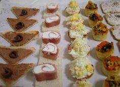 5 Recetas de canapés fríos, variados, originales, sencillos y fáciles. Con ingredientes como queso, paté, anchoas, jamón, volovanes, tartaletas, en pan...