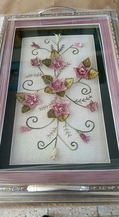 This Pin was discovered by Sud Embroidery Needles, Hand Embroidery Stitches, Silk Ribbon Embroidery, Hand Embroidery Designs, Pearl Wedding Decorations, Wool Felt Fabric, Mother's Day Gift Sets, Bordados E Cia, Flower Mobile