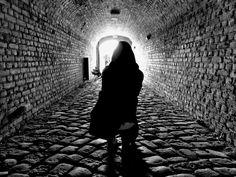 Photo Of The Week (47) - gallery cover photo Link do galerii: http://galeria.trojmiasto.pl/Najciekawsze-zdjecia-tygodnia-2-10-8-10-2015,10,218.html Światło w tunelu #2 Centrum Hewelianum