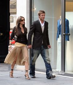 38 ideas for nyc brunch outfit winter app Victoria And David, David And Victoria Beckham, Victoria Beckham Outfits, Victoria Beckham Style, Vic Beckham, David Beckham Family, Posh And Becks, Brunch Outfit, Mode Outfits