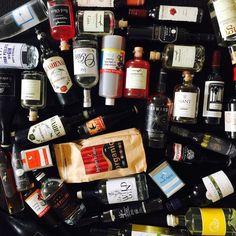Some of our Aussie makers  @byronbeans @fourpillarsgin #applewoodgin #capegrim @kangarooislandspirits @starwardwhisky @nant_distillery #gin #limoncello #sparklingwater #navystrength #booze #local #regional #australia #artisan #wild #portfairyfolkfestival #portfairy #3284 #fenportfairy #fen #fenrestaurant #new #loveweekends #longweekend #hepburnsprings #australianmade #maidenii #turkeyflat by fen_restaurant_port_fairy