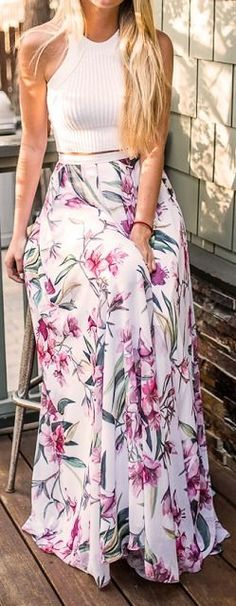 Crop top Outfits - Floral Maxi Skirt When it comes to maxi skirts, crop top outfits might seem a bit risky at first glance, but if you look well, they're wearable in many occasions. A white crop top and a floral maxi skirt is a great outfit idea if you're the romantic kind of girl! Head on femalejungle.com for more inspiration!