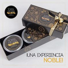 Esta es la caja regalo de 2 latas de #TortaNegra, es elegante, abundante, sofisticada, diferente… un regalo con el que seguro sorprenderás esta navidad! #SoyLaTíaBlanca