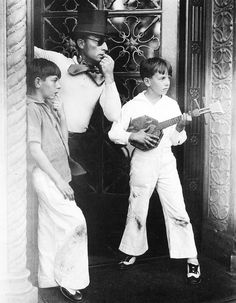 One of my favorite comedians, Buster Keaton, and his sons.  The one on the left looks like a smaller Buster Keaton!