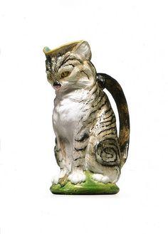 Pot à lait en forme de chat avec souris [Milkpot in the shape of a cat], 1874 - Majolique de Minton (Angleterre)
