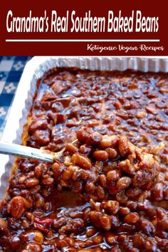 Grandma's Real Southern Baked Beans is down home southern cooking at it's best - made with ingredients like bacon, roasted red pepper, molasses, brown sugar, and cider vinegar - this recipe will stay at the top of your list of favorites! They are even bet Baked Bean Recipes, Vegetable Recipes, Healthy Recipes, Healthy Food, Beans Recipes, Soul Food Recipes, Recipes Using Baked Beans, Soul Food Meals, Navy Bean Recipes