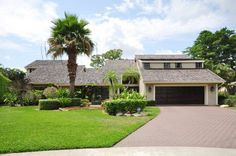 New Listing: Beautiful home in Estancia West in Boca Raton, Florida - Offered at $995,000 - http://npsir.com/new-listing-beautiful-home-estancia-west-boca-raton-florida-offered-995000/