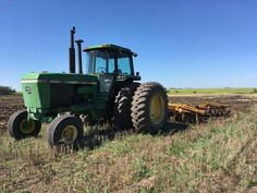 John Deere 4640 on the disk