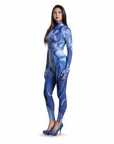 Sa @sa_roux  Oh hey, check out the new Cortana costume based on her Halo 5 design! :D…