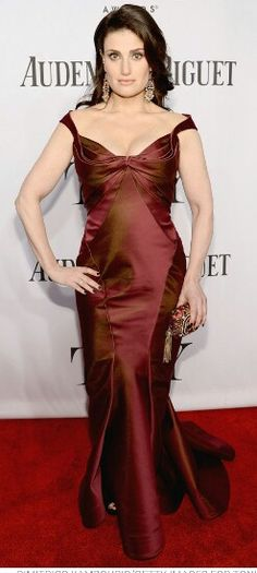 Indina Mendel in Zach Posen at the 2013 Tony Awards.