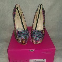"""6"""" pumps fresh out the box. Brand new beautiful Abba multi color design pumps that will look awesome with jeans or any outfit you decide to put on. Leave them bedazzled in these dazzling pumps. Just in time for summer. 6.5"""" outside, 5"""" inside and a 2"""" platform. Shoe Dazzle Shoes Heels #platformpumpsandjeans"""