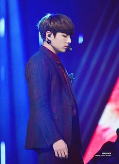 •161116 JUNGKOOK BTS @ Asia Artist Awards || Blood Sweat & Tears