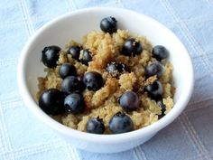 Quinoa for Breakfast... Making this tomorrow morning (with bacon on the side of course) ;)