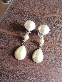Wedding Gauges Dangle Plugs Bridal Teardrop Pearl Plugs Ear Plugs Wood Plugs/Acrylic/Steel Plugs for Brides Wedding Plugs, Stretched Lobes, Wood Plugs, Ivory Pearl, Love And Light, Dangles, Pearl Earrings, Bling, Pearls