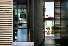 Concrete Chic in Kerameikos by ISV Architects