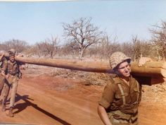 Nog n opfokkie Military Training, Military Service, Military Art, Once Were Warriors, Military Archives, South African Air Force, Parachute Regiment, Army Day, Defence Force