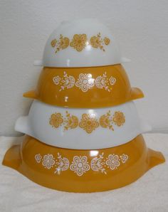 Vintage Pyrex Mixing Bowls, Butterfly Gold, Cinderella Pyrex Nesting Bowl Set