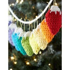 Holiday Lights Garland free crochet pattern