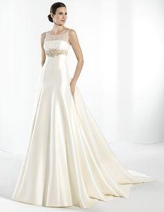 ¡Nuevo vestido publicado!  Frank Sarabia - T40 ¡por sólo 1150€! ¡Ahorra un 50%!   http://www.weddalia.com/es/tienda-vender-vestido-novia/frank-sarabia-t40/ #VestidosDeNovia vía www.weddalia.com/es