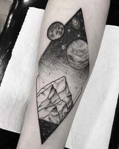 Le Tattoo, Sick Tattoo, Sweet Tattoos, Cool Tattoos, Tattoo Project, Mountain Tattoo, Body Is A Temple, Creative Tattoos, Body Mods