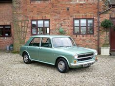 1972 Austin were like the version of the mini - with softer suspension (that would fail too regularly though ; Austin Cars, 70s Cars, British Sports Cars, Old Classic Cars, Classic Motors, Convertible, Small Cars, Motor Car, Cars And Motorcycles