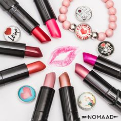 C'est la folie du rose avec les bijoux Nomaad ! Lipstick, Beauty, Madness, Jewels, Beleza, Lipsticks, Cosmetology