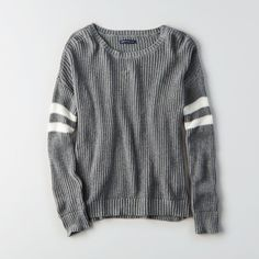 AE Double-Striped Varsity Sweater (1.140 UYU) ❤ liked on Polyvore featuring tops, sweaters, grey, relaxed fit tops, crew neck tops, heather grey sweater, crewneck sweater and lightweight sweaters