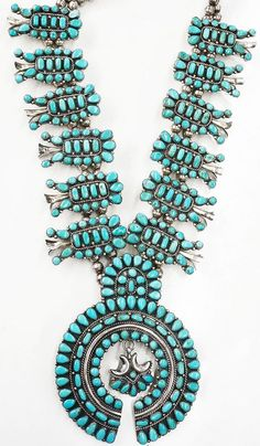 turquoise jewelry Old Squash Blossom Zuni Jewelry, Silver Jewellery Indian, Ethnic Jewelry, Jewlery, Cleaning Silver Jewelry, Squash Blossom Necklace, American Indian Jewelry, Southwest Jewelry, Diy Schmuck