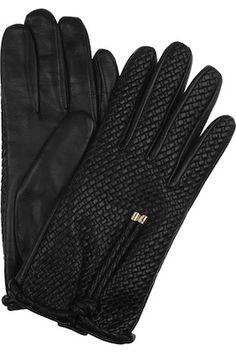 ladylike @Burberry .... driving gloves? tres hot. #pinmyencore