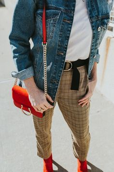 What's trending: women's street style for fall/winter 2017 Autumn Fashion Casual, Fall Fashion Trends, Fashion 2017, Latest Fashion Trends, Fall Outfits 2018, Casual Fall Outfits, Plaid Pants Outfit, Street Style Women, Clothes For Women
