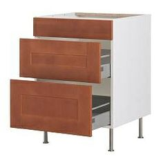 Large drawers for dishes and pans