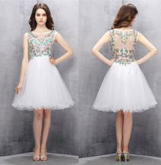 Short Homecoming Dresses,A-line Homecoming Dresses,White Homecoming Dresses,Beading Prom Gown,Embroidery Prom Dresses.Sweetheart dress