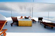 outdoor lounge (top deck) of the Princess Rani