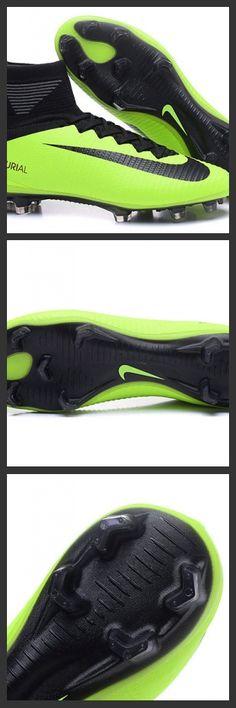 La 2017 Nuove Scarpa da calcio Nike Mercurial Superfly V FG Volt Nero - assicura la massima stabilità e un tocco di palla eccezionale. I tacchetti sono espressamente progettati per una trazione superiore sui campi in erba corta.