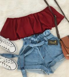 Hot trends🔥 Simple;but simply cute T r y T h i s waisted - Kleidung - Summer Dress Outfits Cute Teen Outfits, Teenage Outfits, Cute Summer Outfits, Pretty Outfits, Stylish Outfits, Summer Ootd, Summer Shorts, Trendy Dresses, Casual Summer