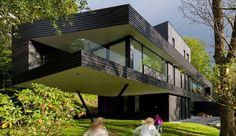 Maison en bois contemporaine et son grand porte à faux en Norvège, Une-15-05-saunders #construiretendance