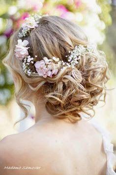 wedding spirit blog mariage petites fleurs de mariage gypsophile blanche mai juin juillet aout septembre idée décoration fleurs couronne, boutonnière bouquet de mariée