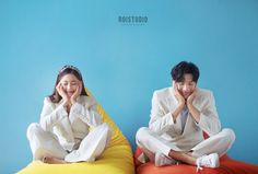 Pre Wedding Shoot Ideas, Pre Wedding Poses, Pre Wedding Photoshoot, Foto Wedding, Wedding Pics, Korean Wedding Photography, Couple Photography, Korean Couple Photoshoot, Teenage Couples