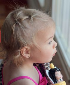 10 Creative Toddler Hairstyles (and How to Get Them to Stay Still! Little Girl Haircuts, Baby Girl Hairstyles, Cute Hairstyles, Toddler Hairstyles, Hairdos, Aria Hair, Khloe Hair, Toddler Hair Dos, Toddler Girl